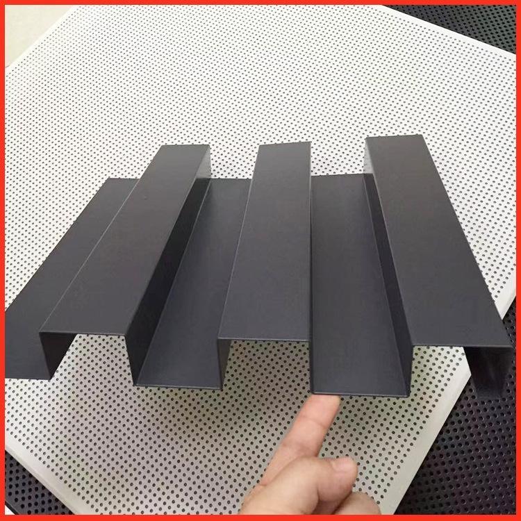 长城板定制 客厅铝扣板吊顶 铝扣板生产厂家价格