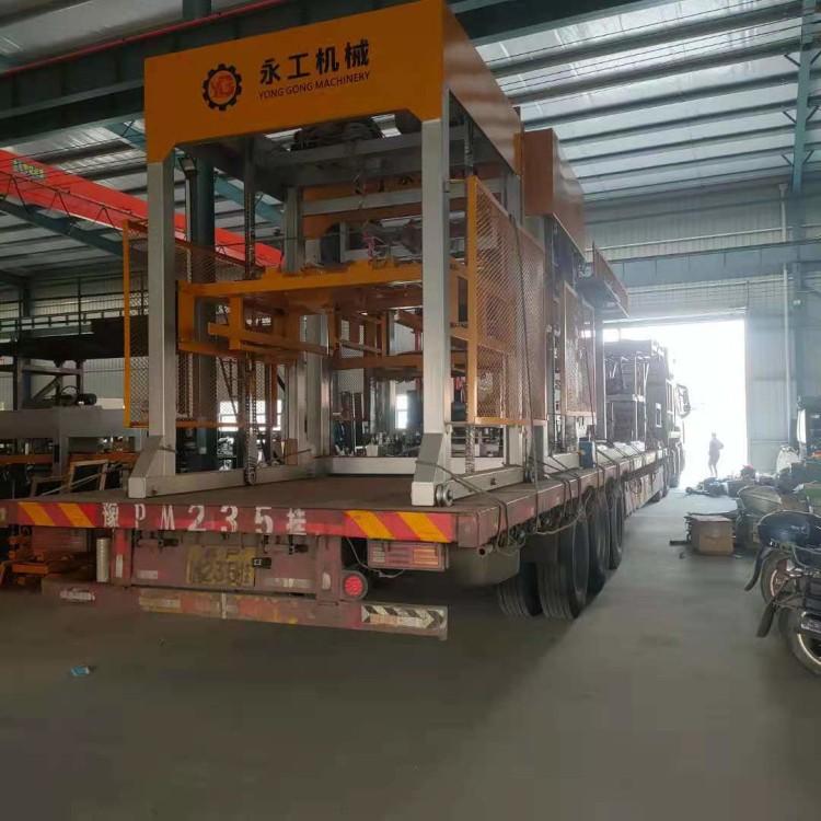 水泥砖全自动收砖机1200型 砖厂省人工机械码砖机   自留孔收砖线